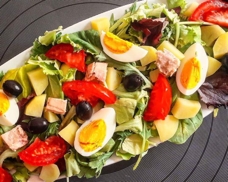 insalata nizzarda, salade nicoise. insalata nicoise, taste offreedom