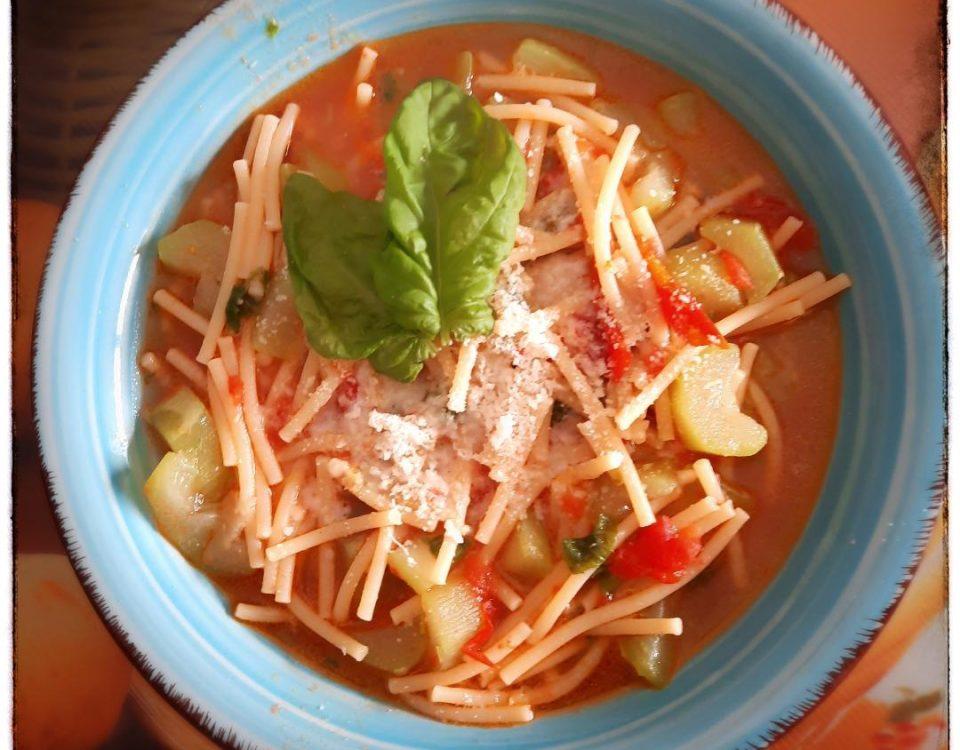 Pasta con i tenerumi, la minestra estiva di Palermo
